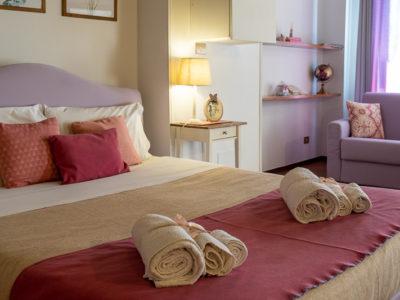 Letto divano comodino residence Ferraud