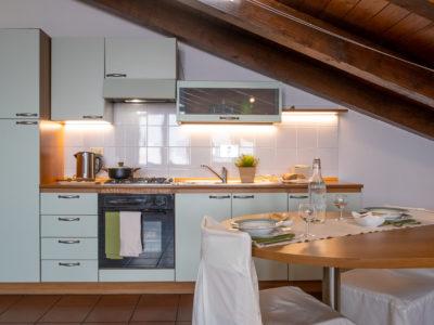 Cucina Mansarda residence ferraud Pinerolo