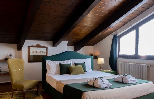 letto mansarda pinerolo residence ferraud